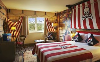 LEGOLAND Hotel Pirate premium themed room
