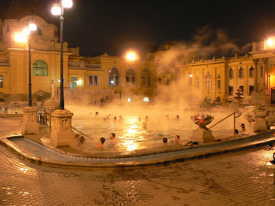 Széchenyi Bath outdoor pool by night