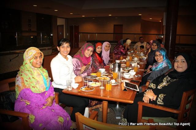 Majlis Iftar di PICC bersama rakan kongsi GLG dalam Premium Beautiful Corset business dengan team zahirine