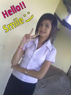 Youko Saki Lin Facebook Cute Girl Student Uniform Photo 4