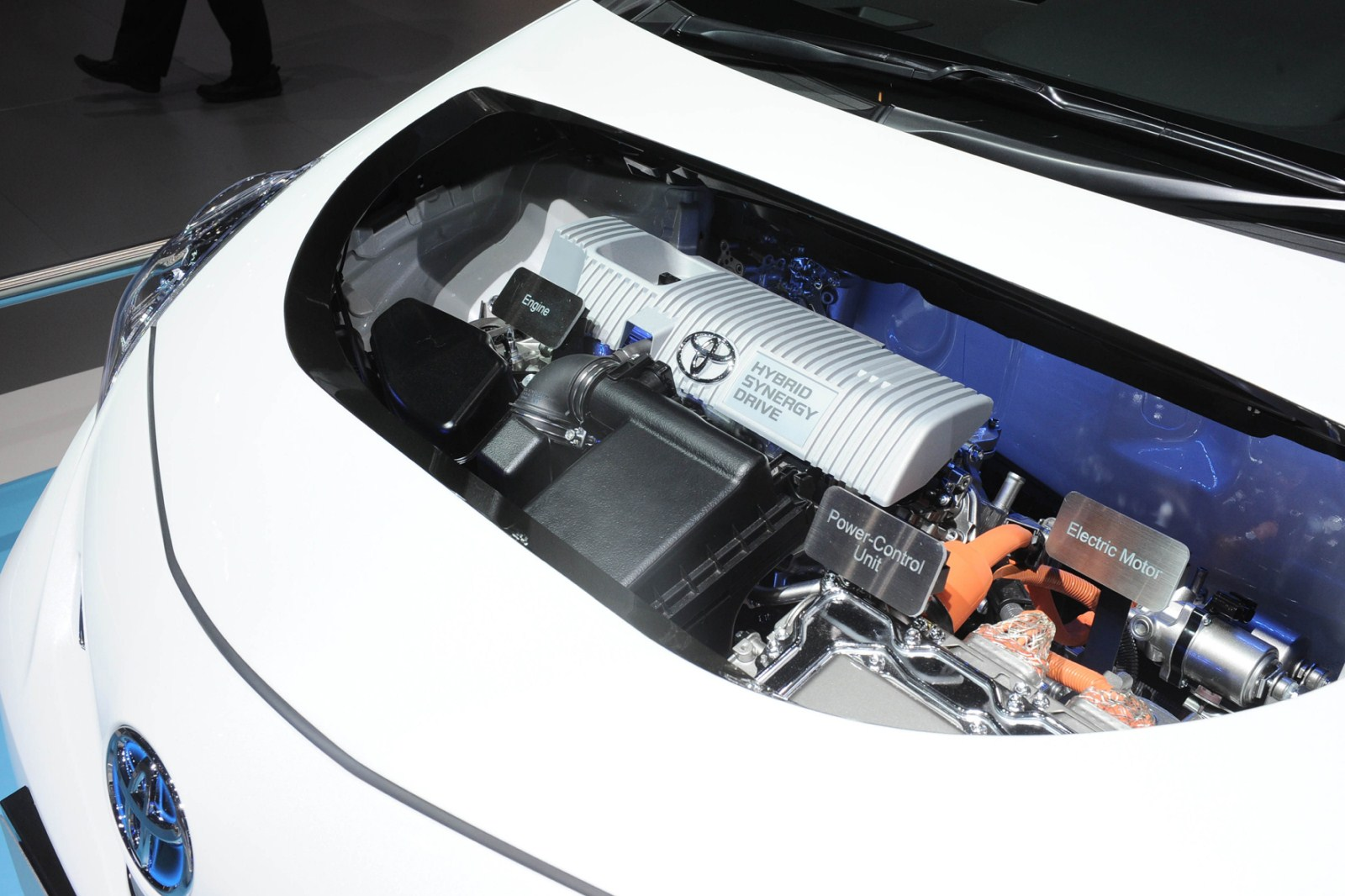 Car Barn Sport Toyota Prius Plus 2013