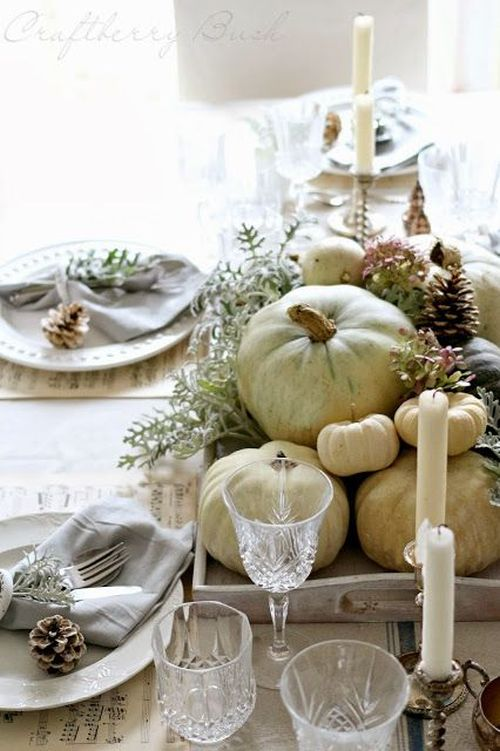 Lovely neutral and green nautral fall table decor