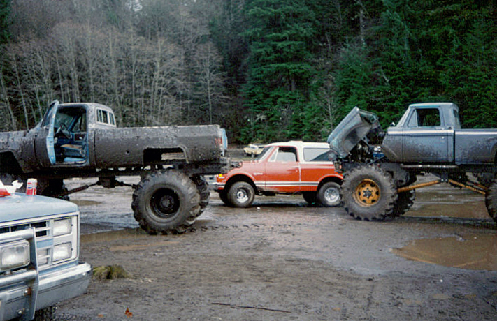 Big Trucks In Mud