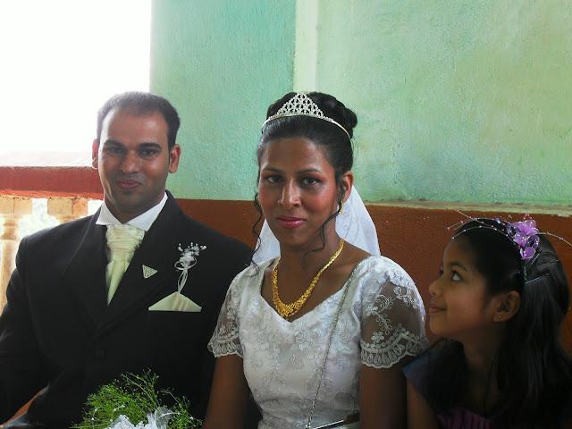 жених и невеста в Индии
