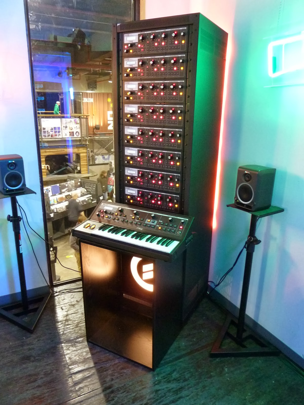 Moog Phatty tower