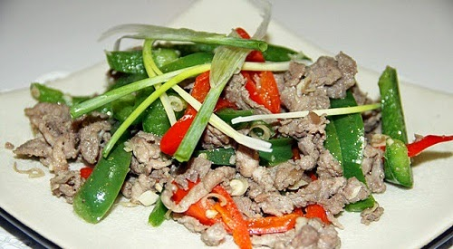Stir-fried Tender Beef with Capsicum (Bò Xào Ớt Xanh)2