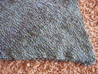 a caffeinated yarn: Diagonal Baby Blanket
