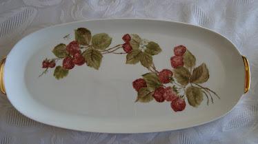 Bandeja de porcelana pintada a mano