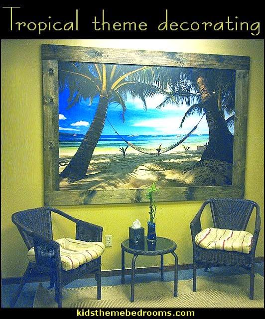 Maries Manor: Tropical Bedroom Ideas