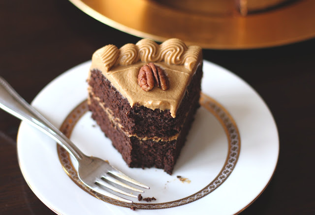Healthy Chocolate Pear Layer Cake with Caramel Frosting (low fat, low sugar, gluten free) - Desserts with Benefits
