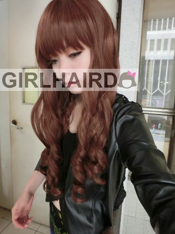 http://4.bp.blogspot.com/-1kBY7PtJ9vQ/UyGG-FfVK6I/AAAAAAAARqg/hJDVPDszMr4/s1600/CIMG0032++++++girlhairdo+wig+shop+where+to+buy+wig+nice+curly+long+wig+singapore+hair+extensions.JPG