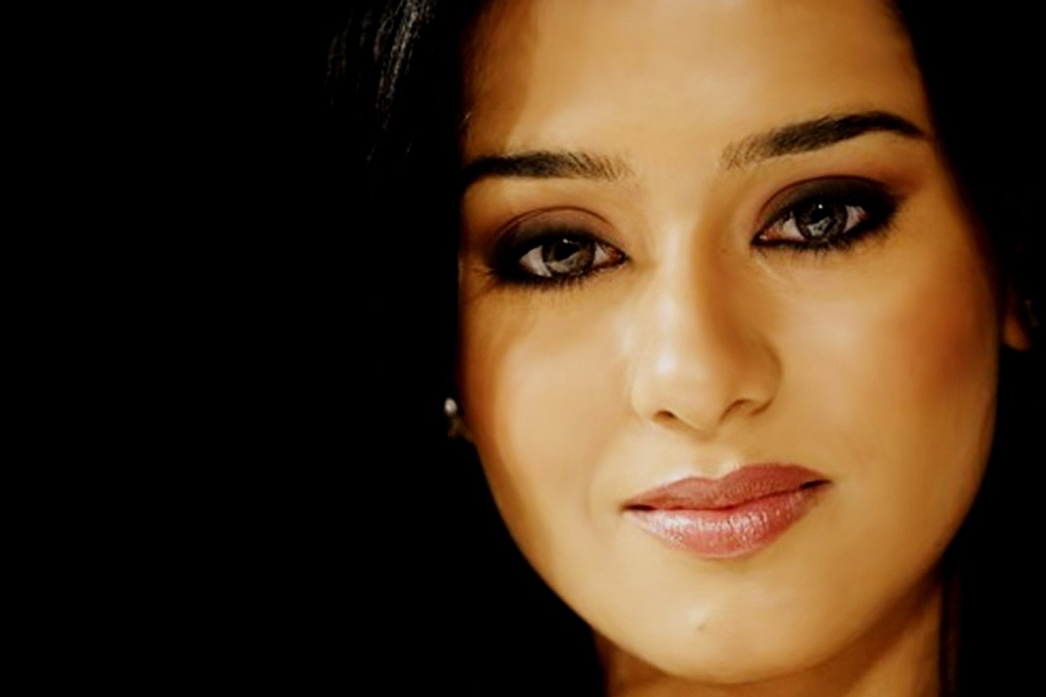 Amrita rao wallpaper foto artis cantik - Foto wallpaper ...
