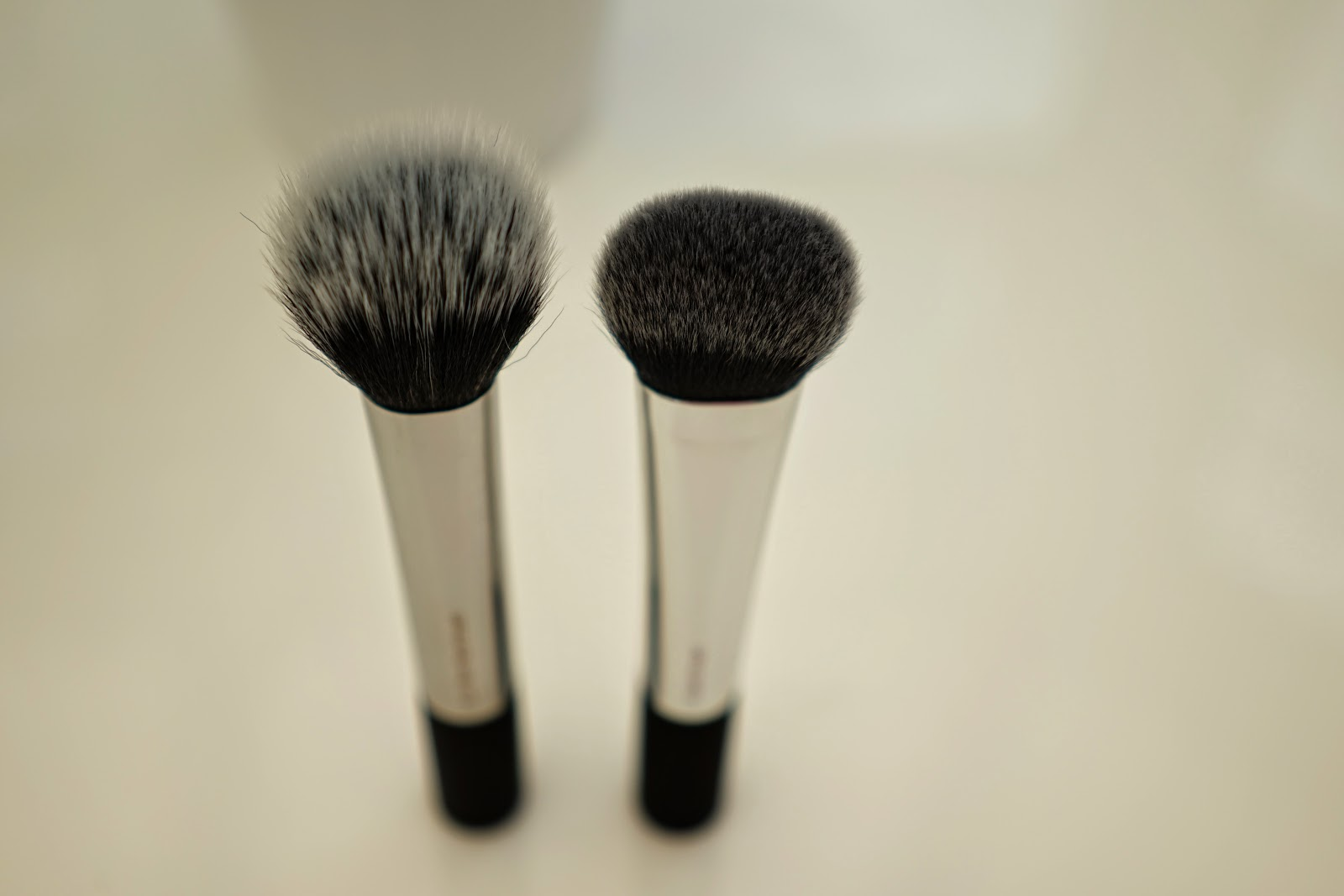 real techniques duo fiber brush