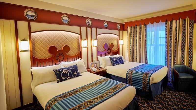Habitaciones familiares del hotel newport en disney para for Tryp habitacion familiar