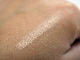 Clear Skin Concealer de Etre Belle