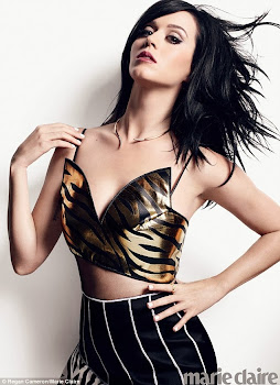 When You are Katy Perry You Can Wear Things that Don't Match