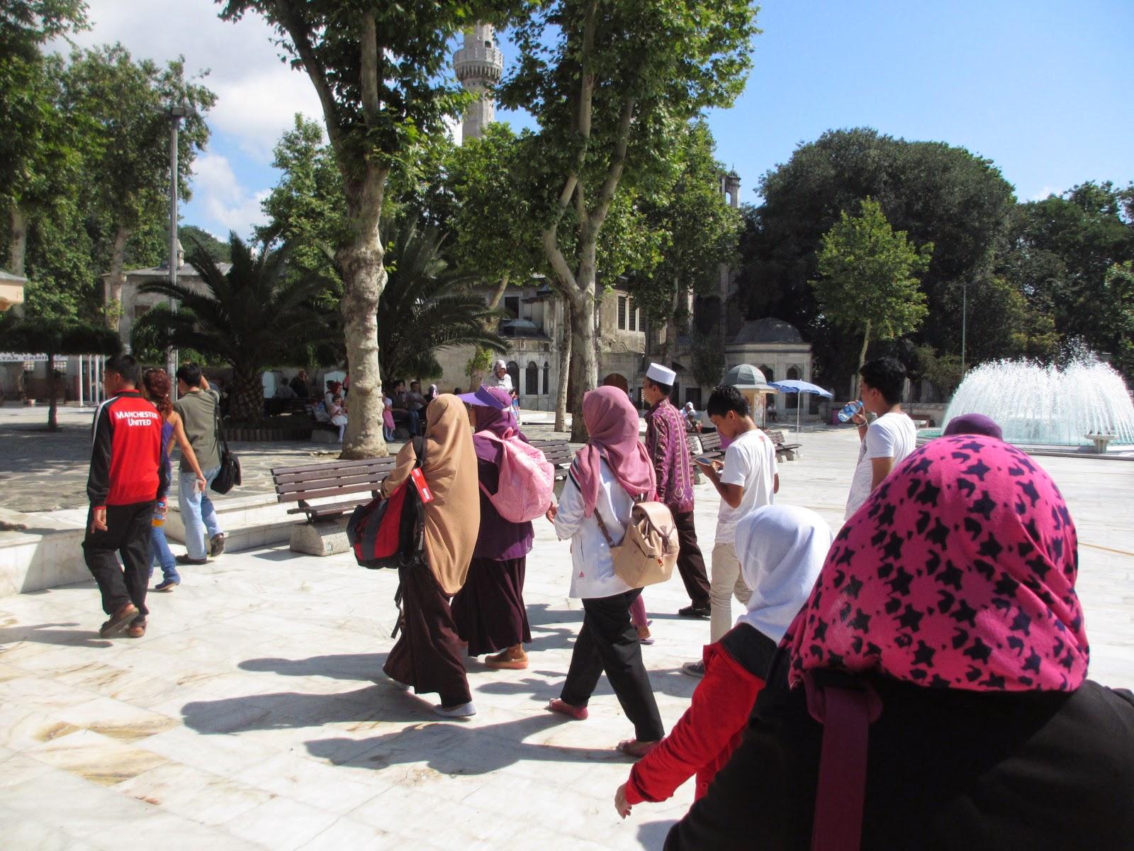 Travel Umroh Plus Turki Surabaya Terbaik dan Terpercaya