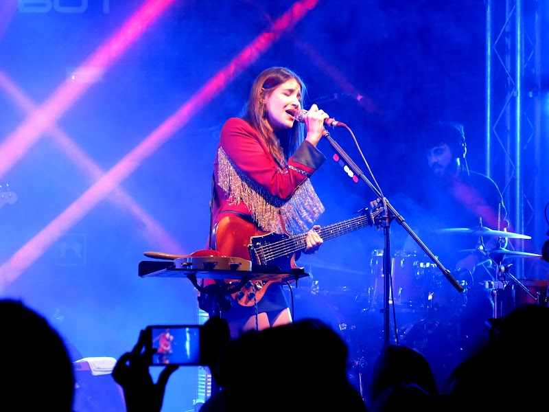 MUSIC  | DILEMA