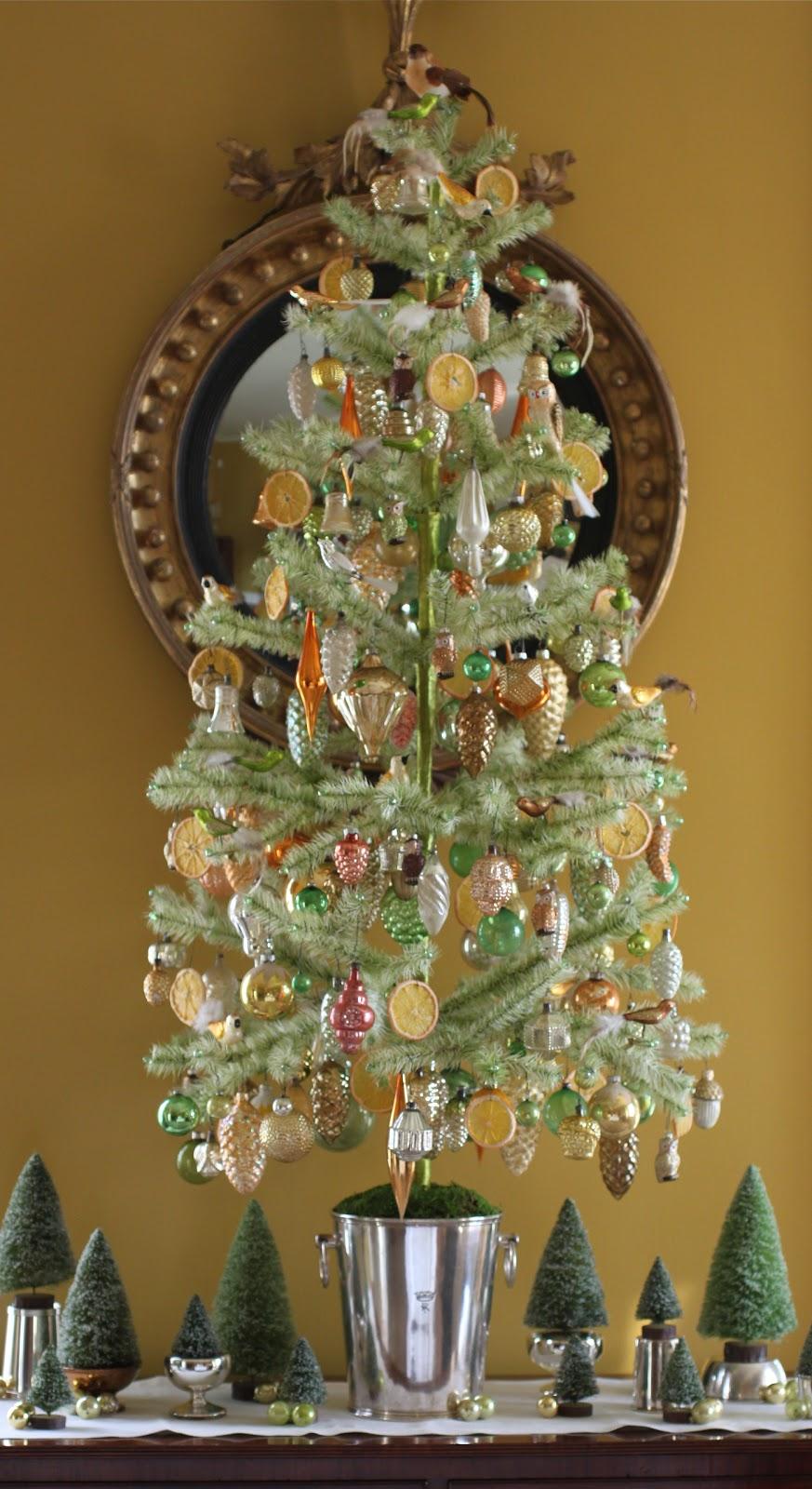 Reggie Darling: Oh, Christmas Tree . . .