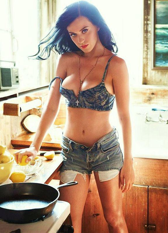 Hollywood Super Stars Katy Perry Hot And Sexy Pictures