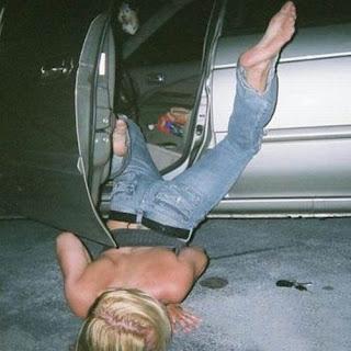 http://4.bp.blogspot.com/-1lV-DHJncfo/Tfs6-LZeEQI/AAAAAAAABKQ/CED-iEz8_2A/s320/Priceless+Drunk+Women+Pictures3.jpg