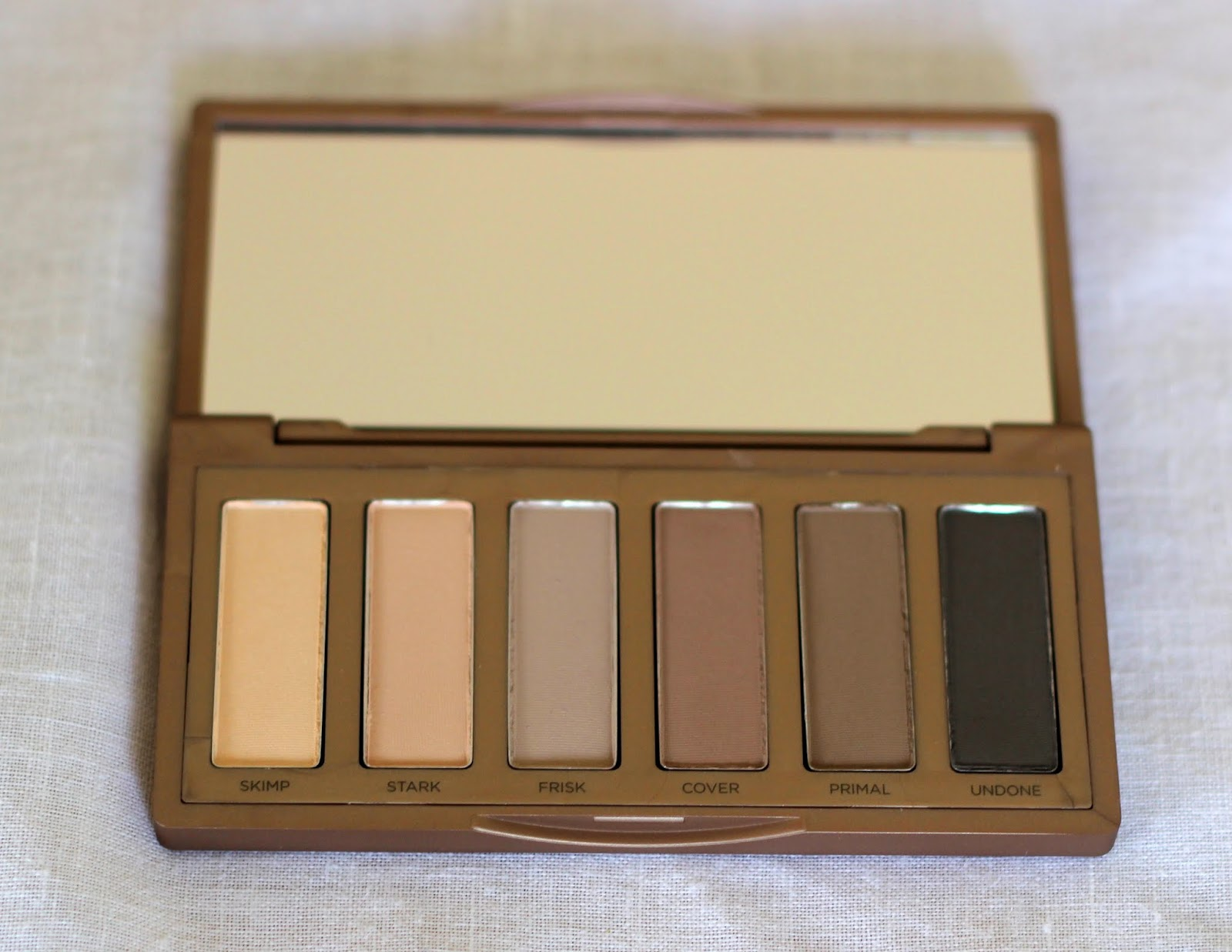 eyeshadow, palette, urban decay, neutral, naked 2, basics, makeup artist, beauty, cosmetics