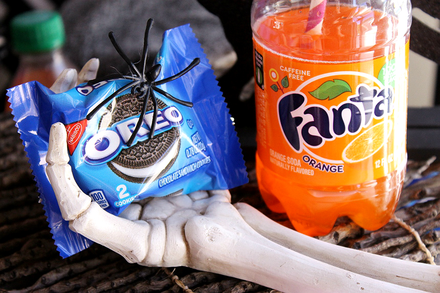 Hallow-Scream OREO Donuts with Orange Fanta Glaze- What  #SpookyCreations would you whip up with OREO 2 Packs and Fanta for Halloween?