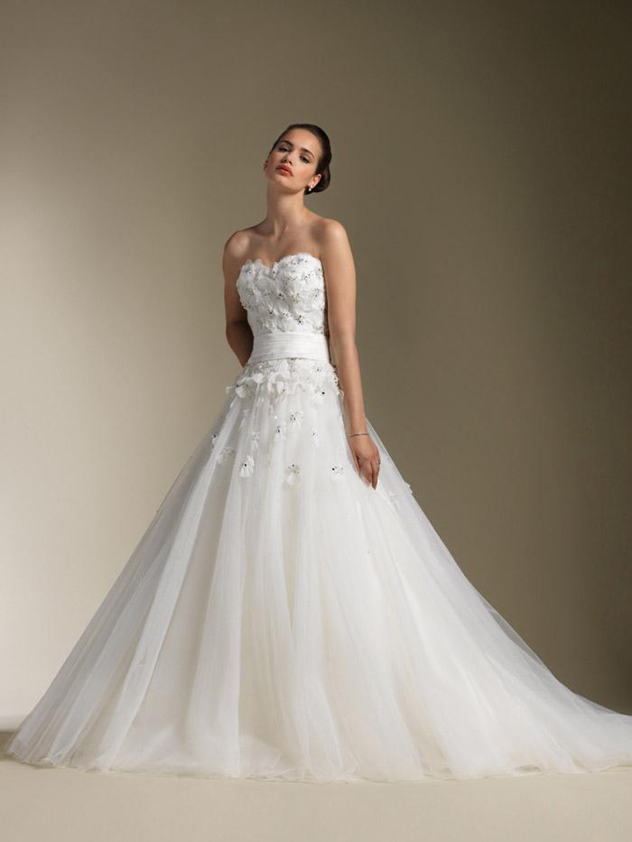 Ballroom weddings pic ballroom wedding gown for Ballroom gown wedding dress