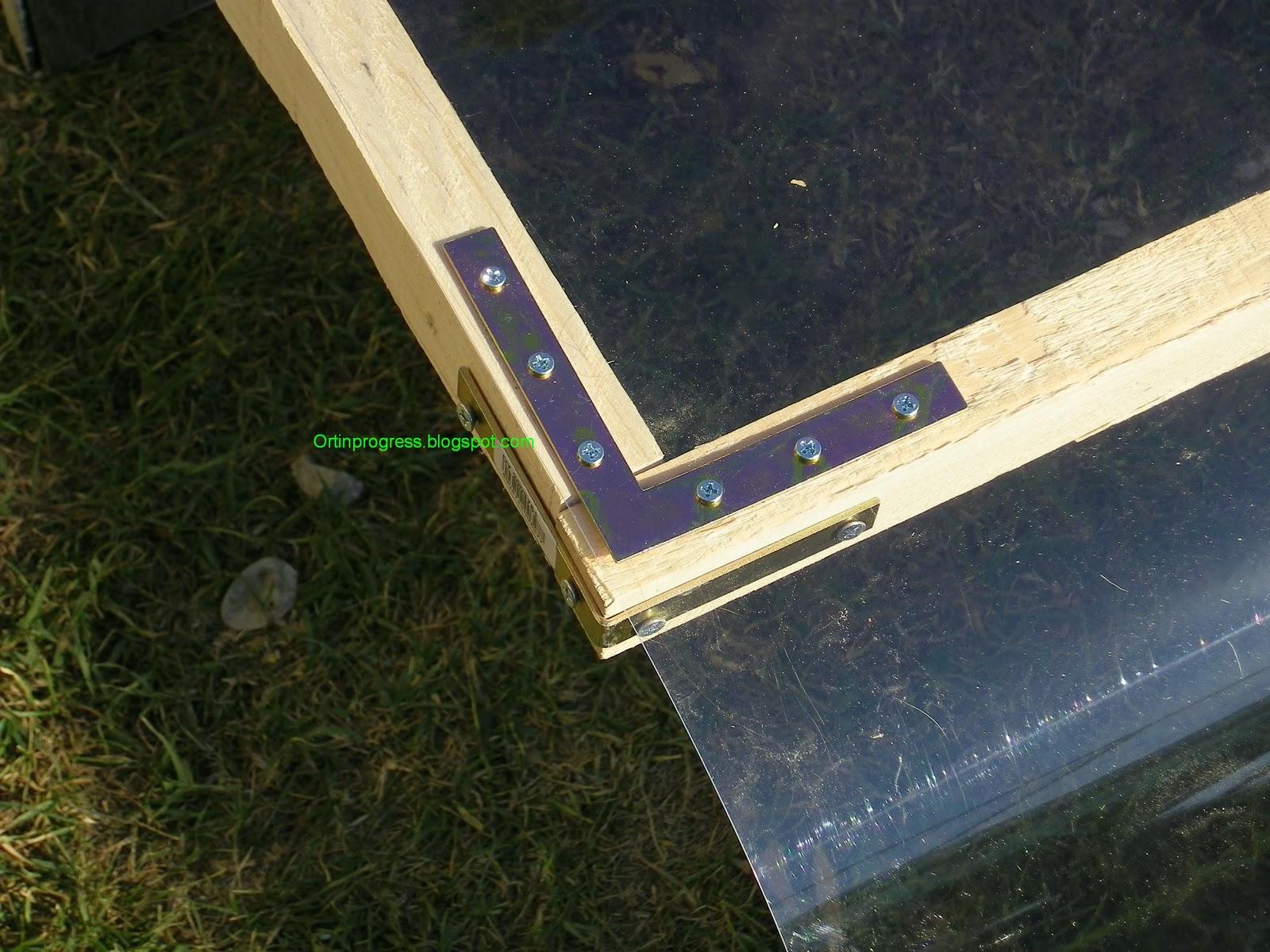 Orti in progress come costruire una serra nel sottoscala for Costruire serra legno