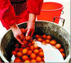 Kì lạ món trứng luộc nước tiểu trung quốc