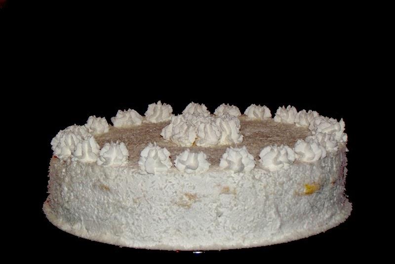 http://www.caietulcuretete.com/2013/11/tort-cu-crema-de-ciocolata-si-ananas.html
