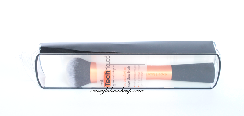 Review: Expert Face Brush - Real Techniques