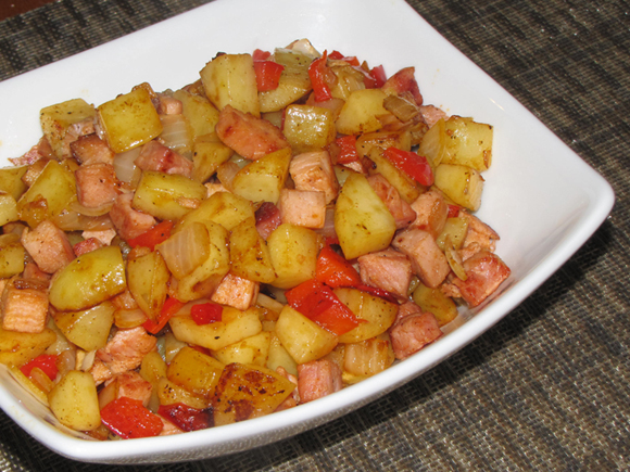 Pinch of Lime: Leftover Ham and Potato Hash