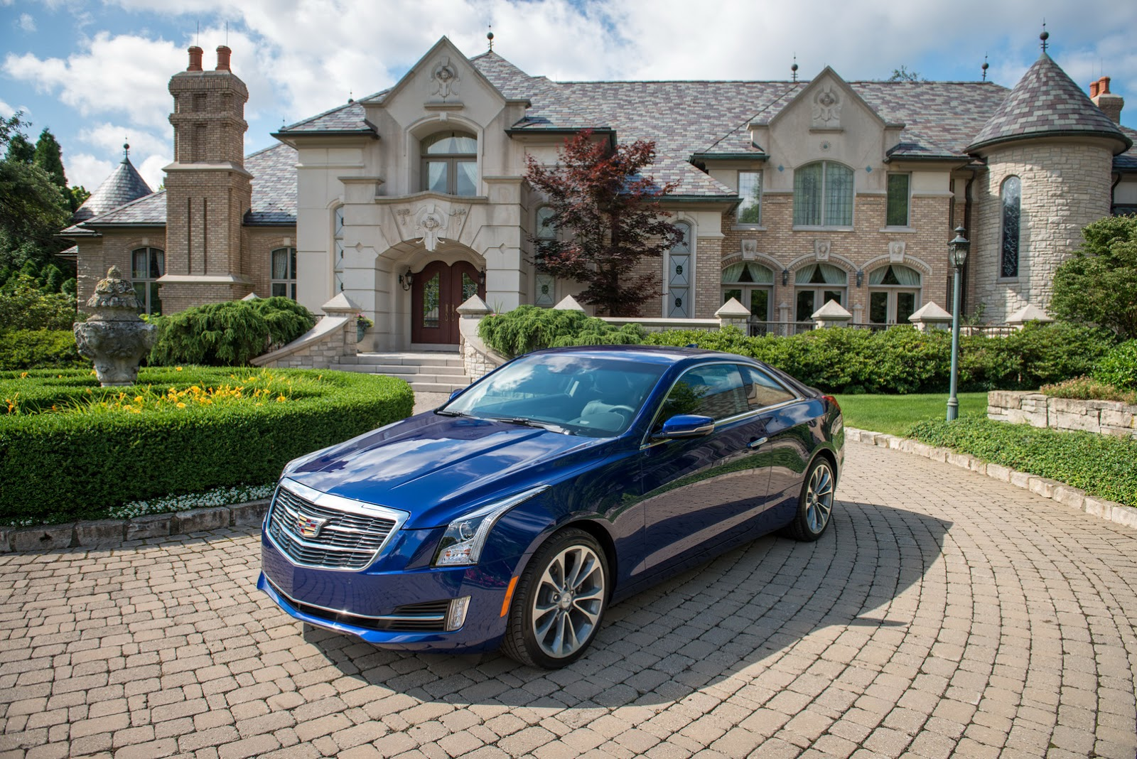 2015-Cadillac-ATScoupe-25.jpg