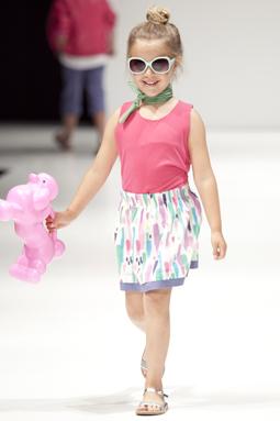 Bimbalina presentó con mucho éxito en la Feria Internacional de Moda  Infantil FIMI, realizada en Valencia España, sus últimas creaciones en ropa para  niñas
