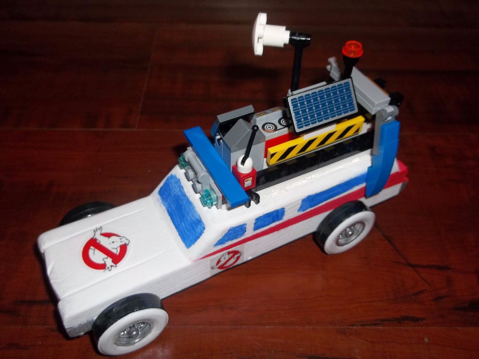 my ghostbusters ecto-1 pinewood derby car