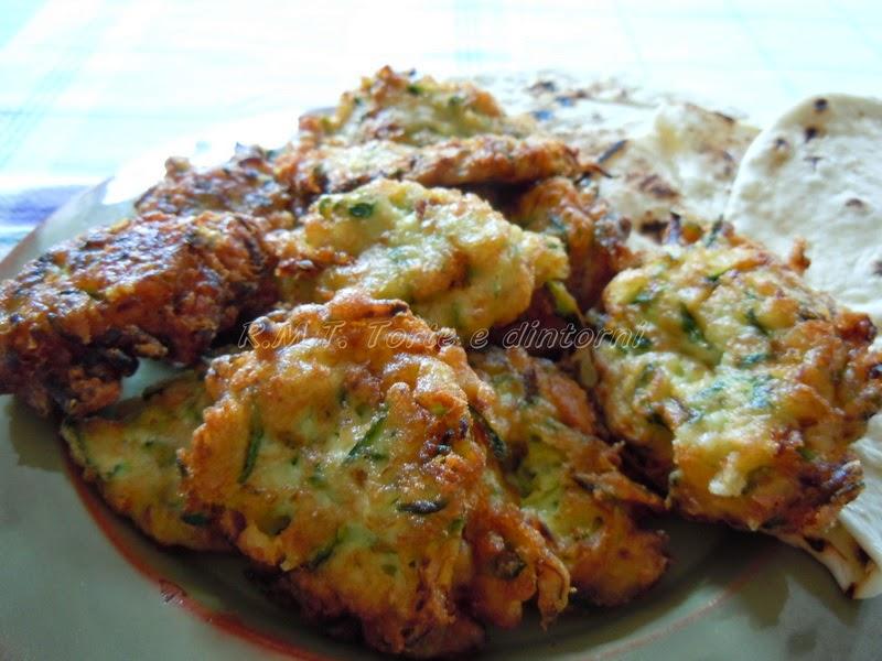 Kolokithokeftedes ovvero frittelle di zucchine alla greca