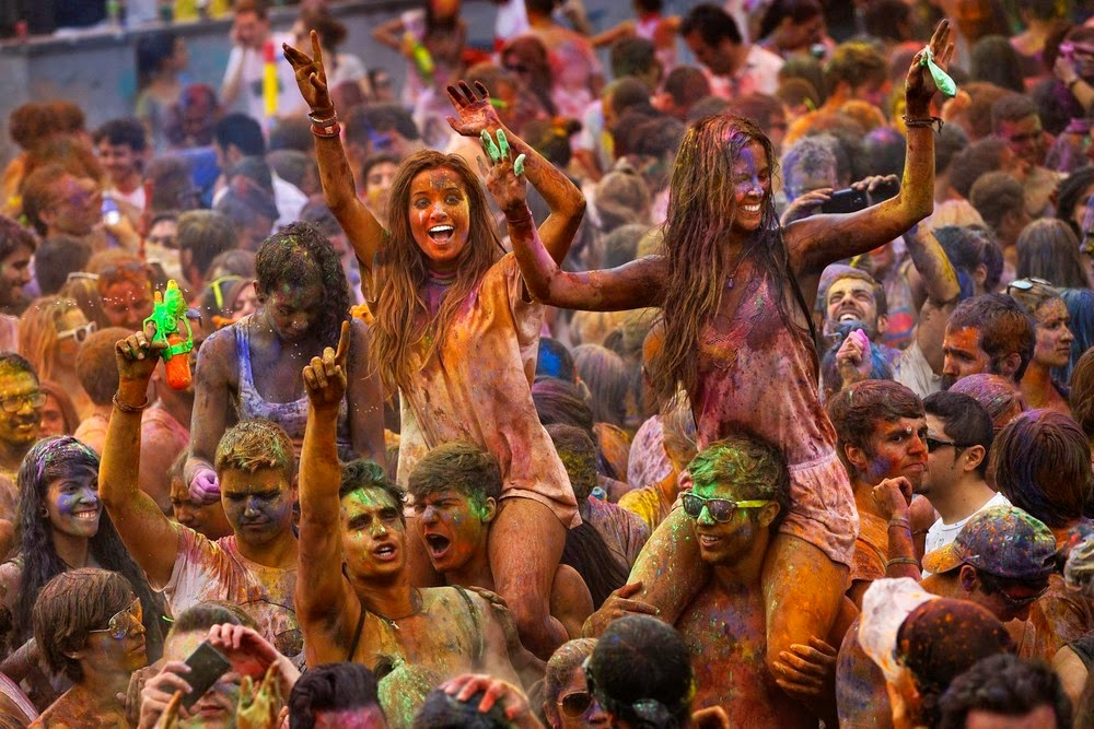 Фестиваль Холи в Мадриде. Фото