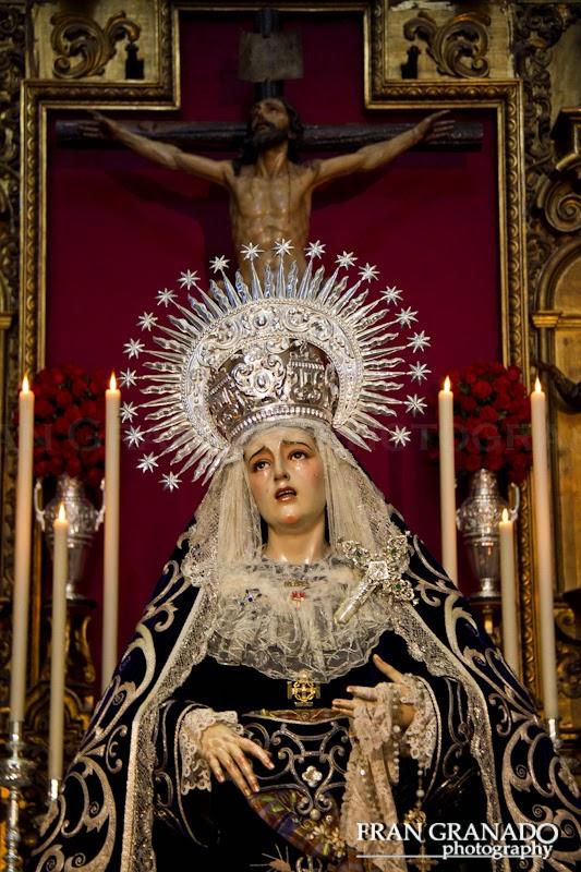http://franciscogranadopatero35.blogspot.com/2014/12/dolores-de-santa-cruz-en-el-mes.html