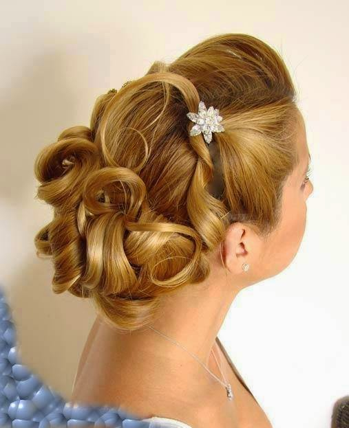 Quick Hairstyles for Long Straight Hairs.