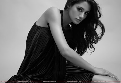 Nargis Fakhri Model Wallpaper