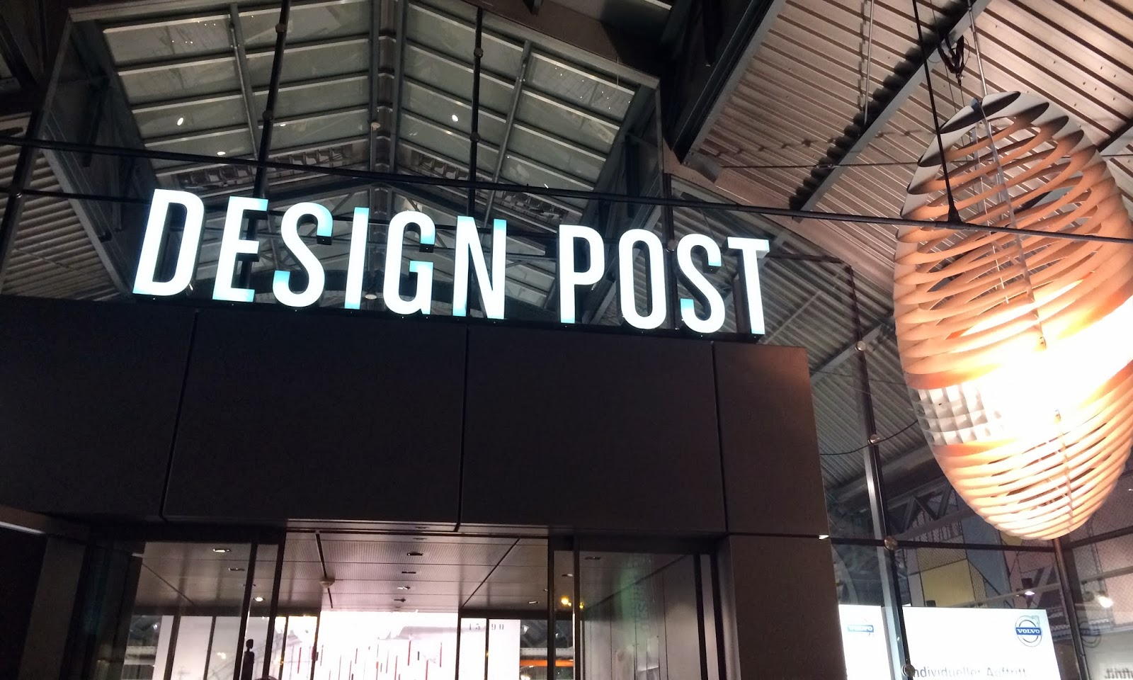 store check design post in k ln citylights bonn. Black Bedroom Furniture Sets. Home Design Ideas