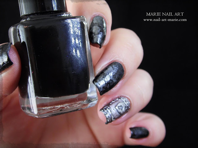 Nail Art effet Métal Ancien en 3D8