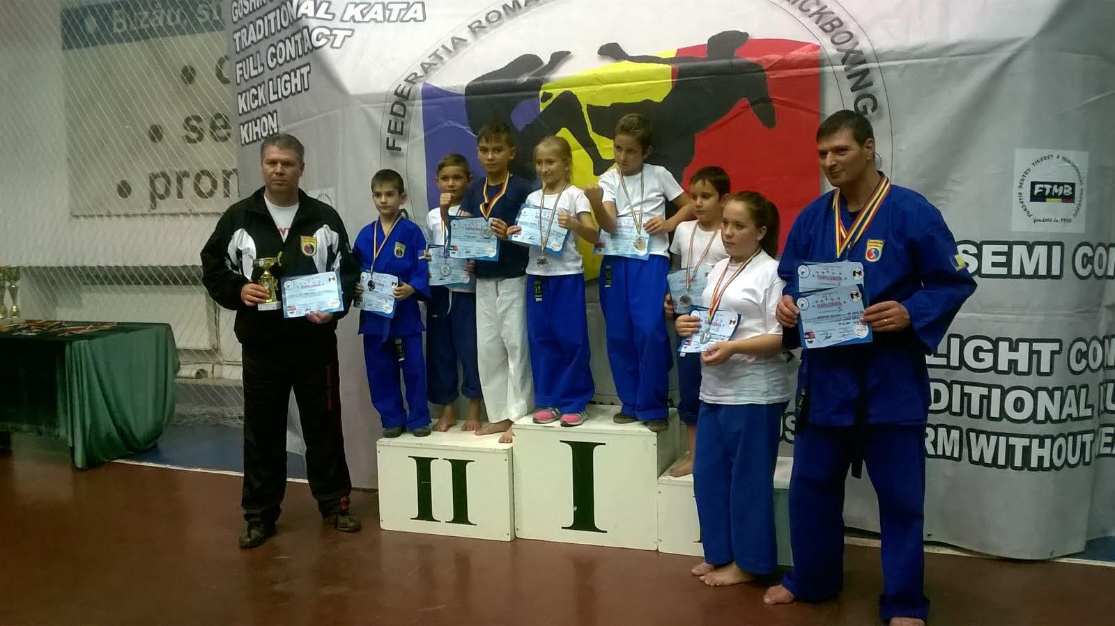 Medaliaţii Lunii Octombrie 2015