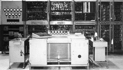 CSIR Mk 1, el primer ordenador australiano creado por Trevor Pearcey y Maston Beard en 1947-1949