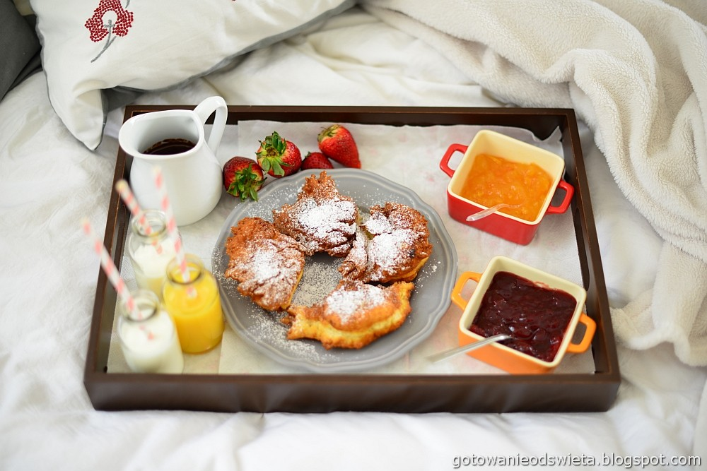 Racuchy drożdżowe na śniadanie