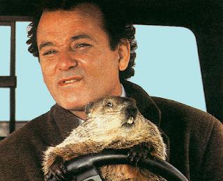 Fotograma de la película Atrapado en el tiempo, protagonizada por Bill Murray. HITOS DEL CINE