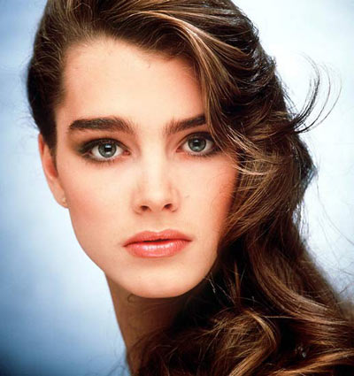Brooke Shields in Stylish Blue Sexy Swim Suit