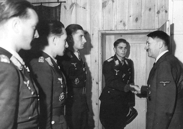 Westdeutscher Beobachter  Wilhelm_Crinius_Oak_Leaves