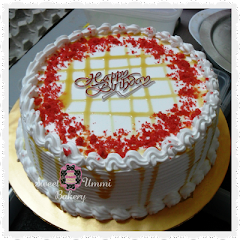 Caramel Red Velvet Cake - RM 75